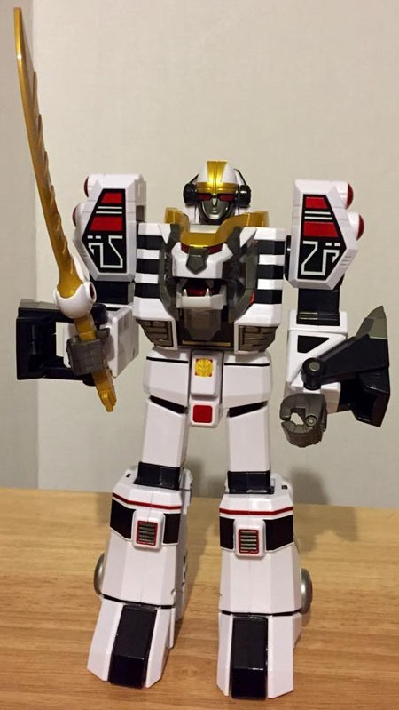 white_tigerzord_profile_front