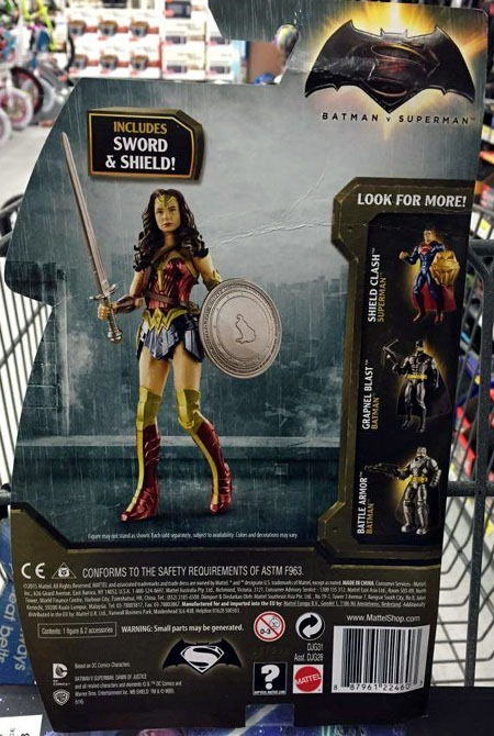 batman_v_superman_toys_wonderwoman_back