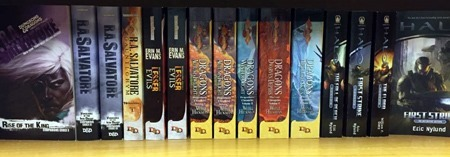 d&d_swoosh_on_books