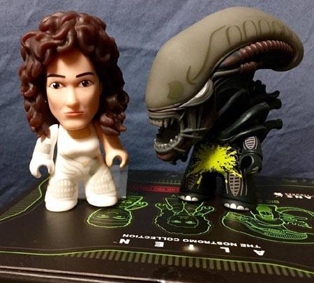 titans_alien_nostromo_alien_and_ripley