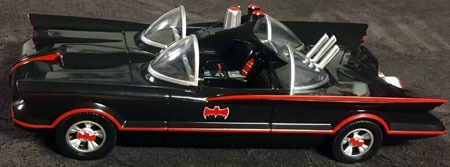 batman66_batmobile_side1