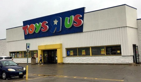 toys_r_us_the_end_a