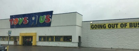 toys_r_us_the_end_c