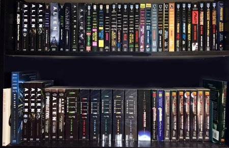neca_aliens_alienqueen_aliens_books