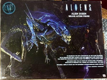 neca_aliens_alienqueen_back